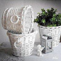 Biele košíky s krúžkami