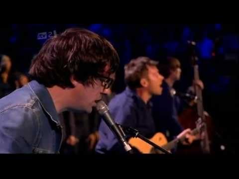Blur - Tender live from Brit Awards 2012