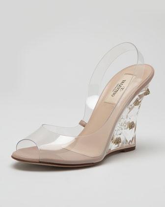 OMG I looooove lucite heels!