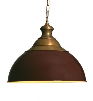 Supergrote hanglamp: diameter 51 cm, de hoogte 40 cm. Klassieke stijl. Antiek brons en donkerrood. Mooi in landelijke keukens en monumentale panden.