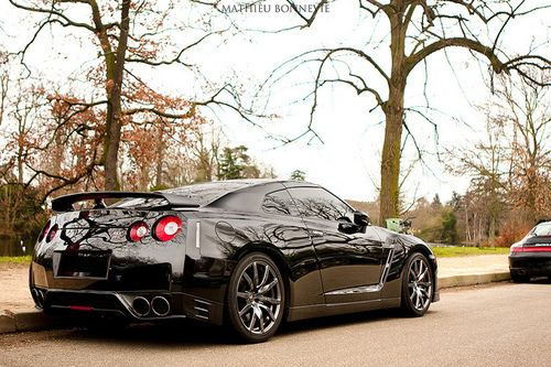 Nissan GTR - if you see this pull up next to you at a light, no matter what you are driving, DO NOT try to test it