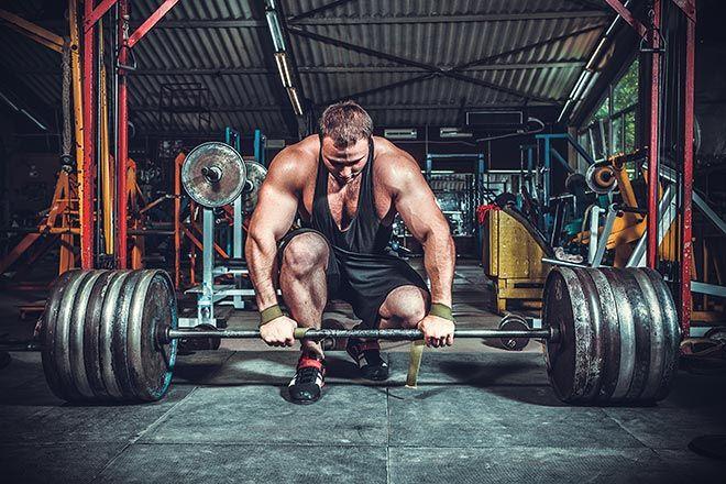 Comment prendre plus de force musculaire ? En intégrant des cycles d'entraînement lourd dans vos séances de musculation. Voici quelques conseils pour augmenter votre force.