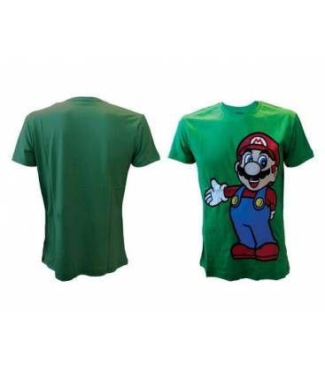 Camiseta de Mario Bros de Nintendo. Un artículo con licencia oficial fabricado en 100% algodón. Sobre un fondo verde puede verse la figura del fontanero más famoso de todos los tiempos. Una camiseta con la que fliparán los más fans de esta saga de videojuegos.