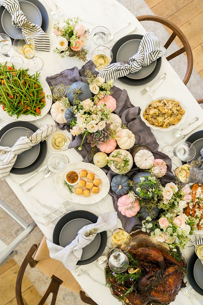 the prettiest Thanksgiving tablescape