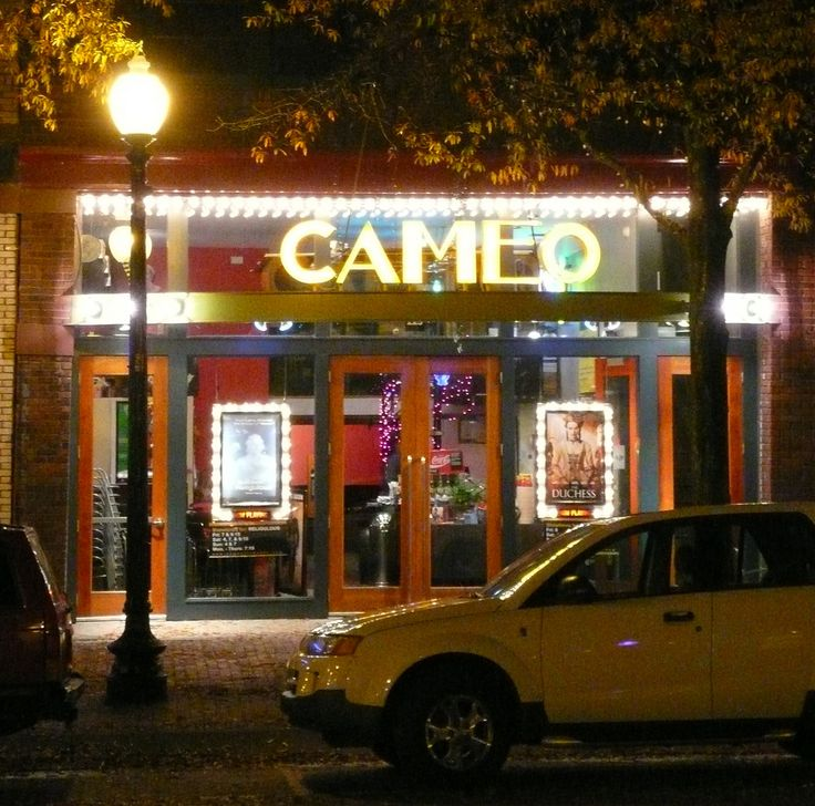 https://flic.kr/p/5zP7nC | Fayetteville, NC Cameo Theater | In the downtown Fayetteville Historic District #99000779.