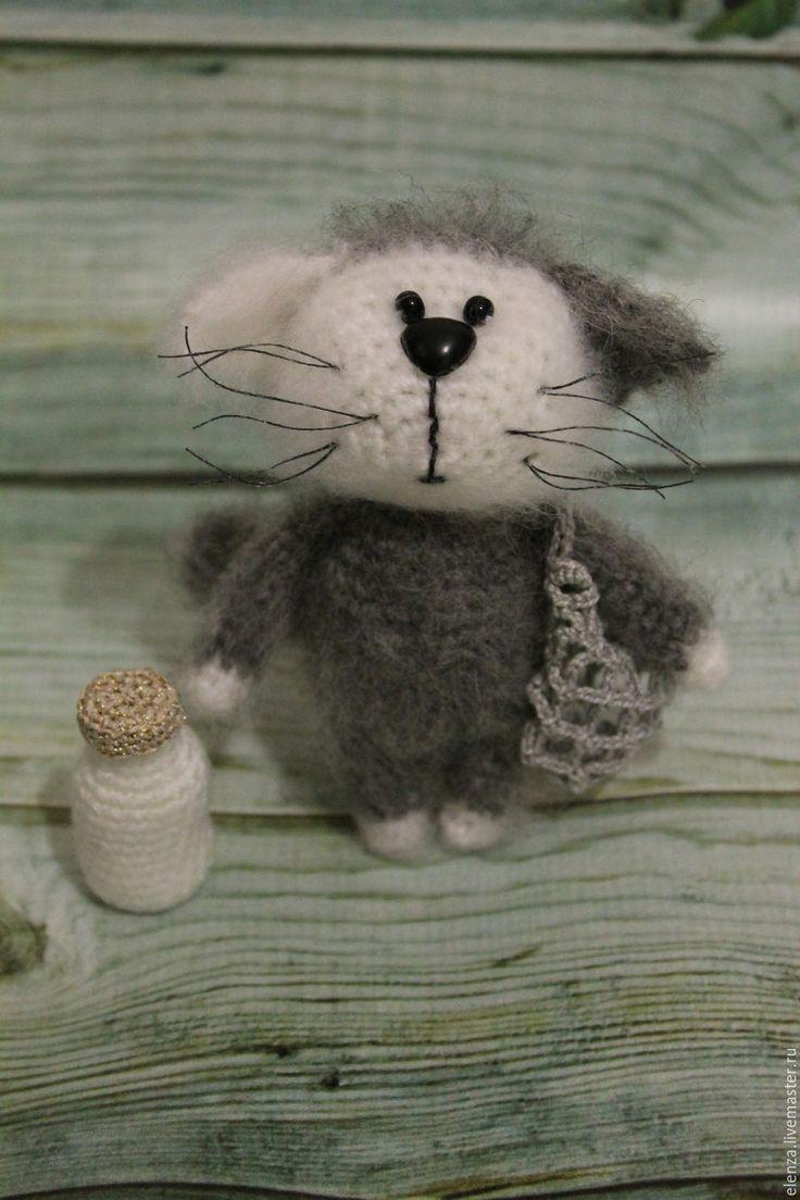 Купить Котенок Мурзик - серый, котенок, Вязание крючком, вязание для детей, игрушка ручной работы