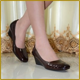 Высокое качество женская из натуральной кожи мед туфли на каблуках классические сексуальная острым носом туфли на высоком каблуке туфли для офиса женская обувь 258 16 купить на AliExpress