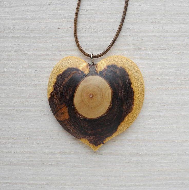 Купить Деревянный кулон-сердце из акации - украшения из дерева, подарок для девушки, подарок для женщины, кулон