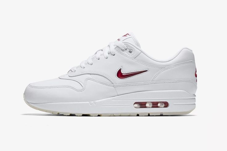 Hey Minimalists, the Nike Air Max 1 Premium SC Jewel Was Made for You
