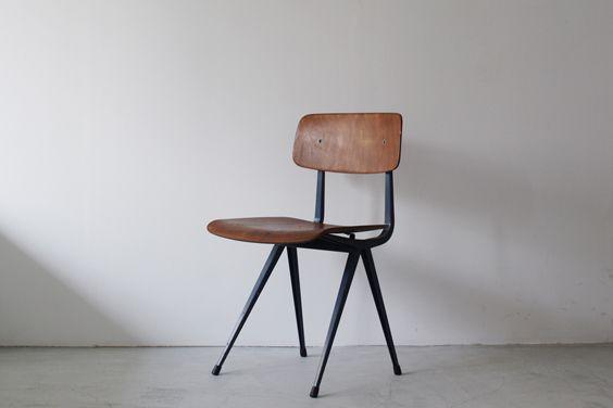Ahrend-De CirkelResult Chair by Friso Kramer
