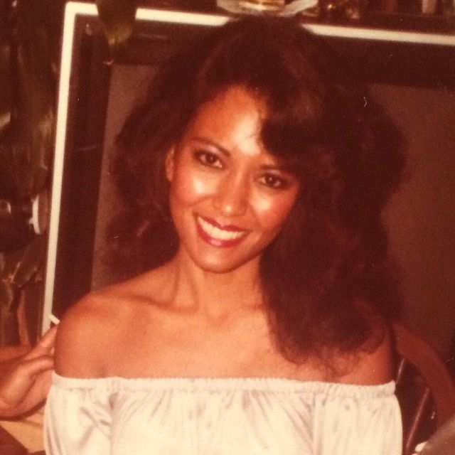 Bruno's beautiful mom reminds me of vanity from purple rain who played prince's girlfriend a little bit lol