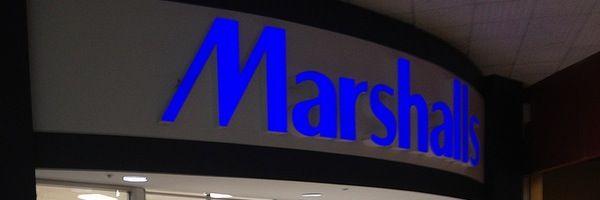 Marshalls es una tienda donde encontrarás ropa y accesorios de diseñadores con descuentos de hasta 60% más que en tiendas de departamentos. Visítalo si tienes tiempo para buscar ítems de tu interés