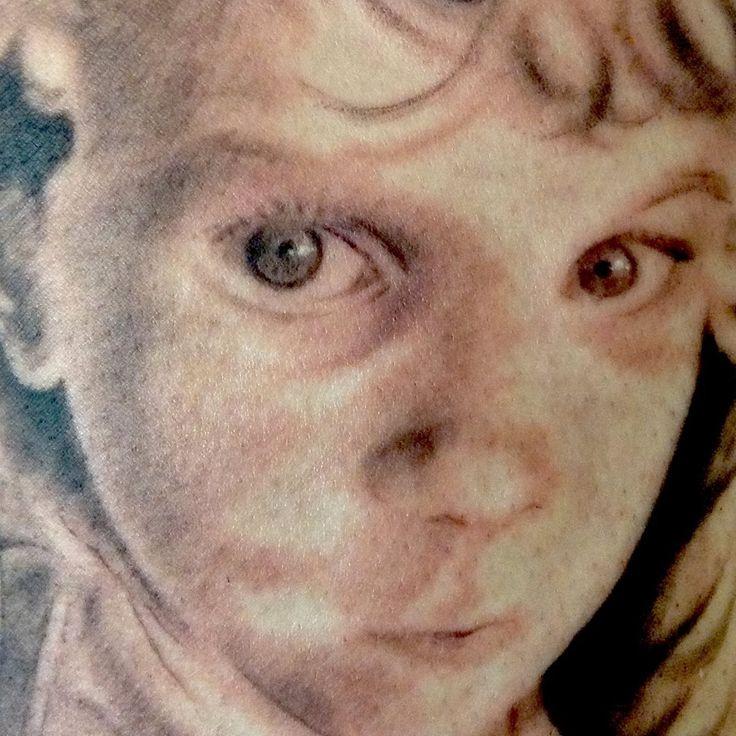 Anthony Gordon niece portrait tattoo