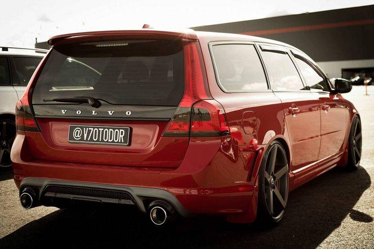 Volvo V70 2.5FT R-Design (2011) | Garaget