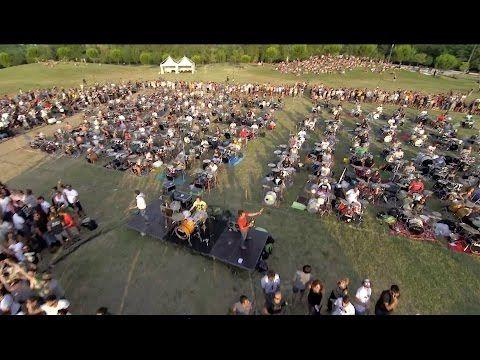 1000 Músicos Tocaron 'Learn To Fly' Al Mismo Tiempo Para Que Foo Fighters Toque En Italia - #¡WOW!, #Video  http://www.vivavive.com/foo-fighters/