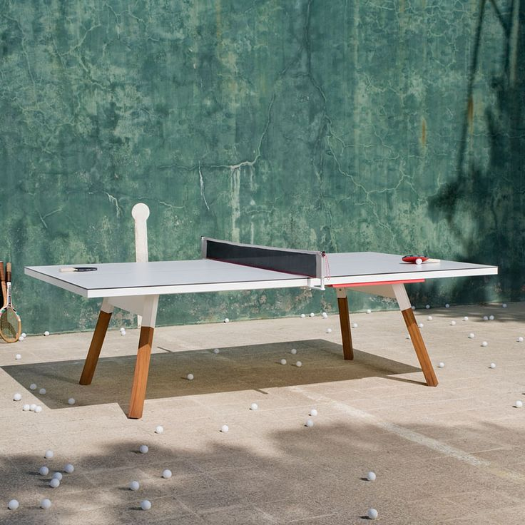 A table tennis date would be epic. I know we're gonna do this at skiing so hard because there is a place there to do it.