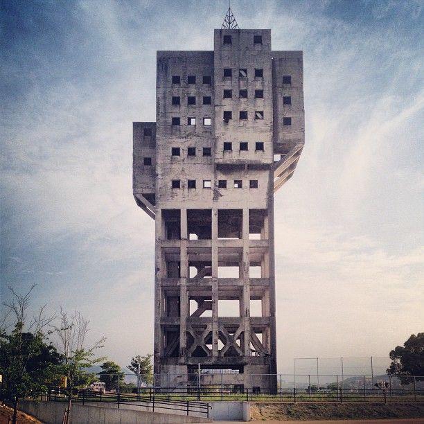 Winding Tower in Japan  旧志免鉱業所立坑櫓 (しめこうぎょうしょたてこうやぐら)  http://ja.wikipedia.org/wiki/%E5%BF%97%E5%85%8D%E9%89%B1%E6%A5%AD%E6%89%80%E7%AB%AA%E5%9D%91%E6%AB%93