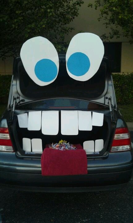 trunk or treat awesome idea
