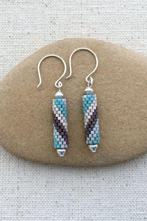 Peyote Spiral Tube earring tutorial and pattern.