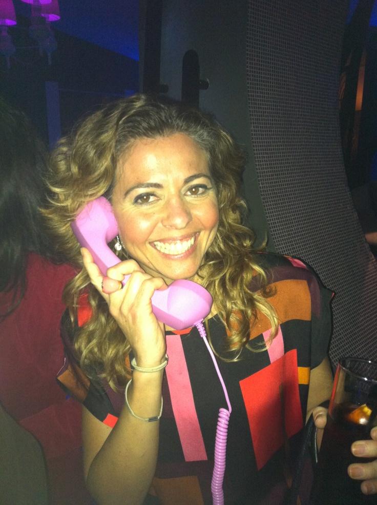 Se o telefone tocar....pode ser uma Candy Call para ti...atende