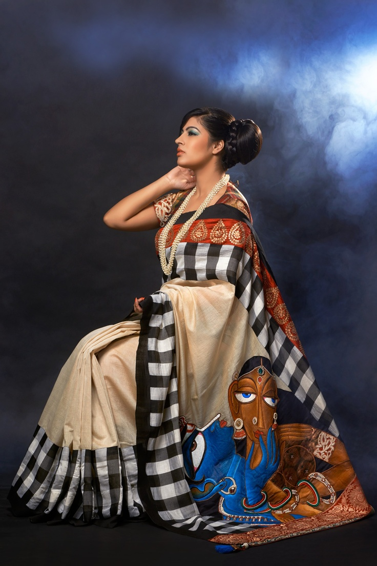 Checked Saree By DRAUPARAGE