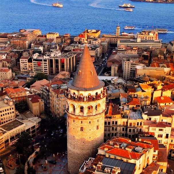 Genoeses built the Galata Tower as a lighthouse. The Ottomans repurposed it as an observatory building. Today, it is the symbol of İstanbul's most international district. Surrounded by authentic Turkish restaurants, wine bars and great clubs, Galata is where it's happening!