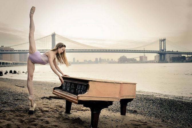 ABT Studio Company ballerina Rachel Richardson underneath the Brooklyn Bridge. (Courtesy of Luis Pons)