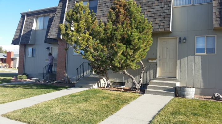 3 or 2 Bedroom 1.5 Bath Townhom Centrally Located - Billings MT Rentals   Nice 3 or 2 bedroom 1.5 bath townhome centrally located. Large dining area fenced yard single car garage. 3 bedroom rents for $1020 / $1020 deposit; 2 bedroom rents for $895 / $895 deposit. Call for a showing today!   Pets: Not Allowed   Rent: $1020.00 per month   Call BP Asset Management at 406-238-0070