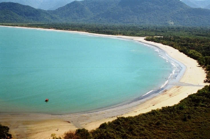 Praia do estaleiro, Ubatuba, Brazil