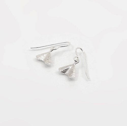 Silver drop earrings. Shore Collection