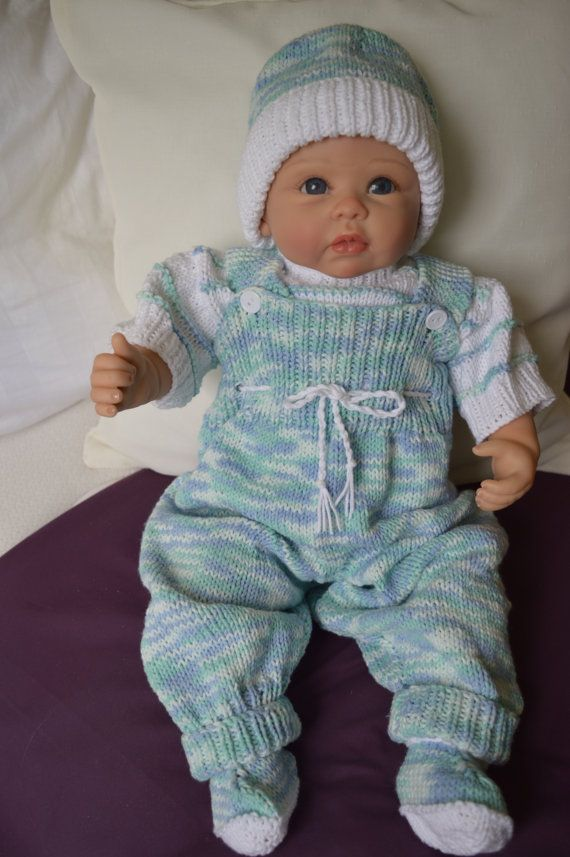 Baby Overalls Outfit 0-3 Months or will fit by Meganknits4charity