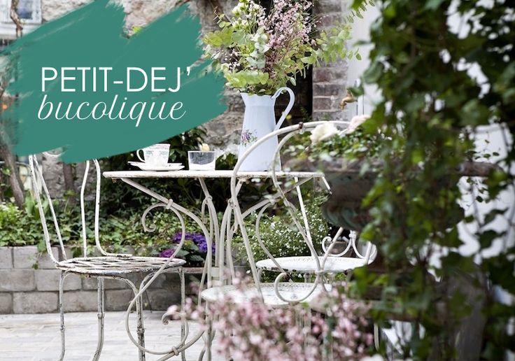 Pour un petit déj' insolite voici un patio bucolique à 2 pas de la rue Mouffetard à l'abri des regards indiscrets. En couple, entre amis ou professionnel...