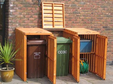Bet I could make this out of recycled crates. Ironic don't ya think? lol!