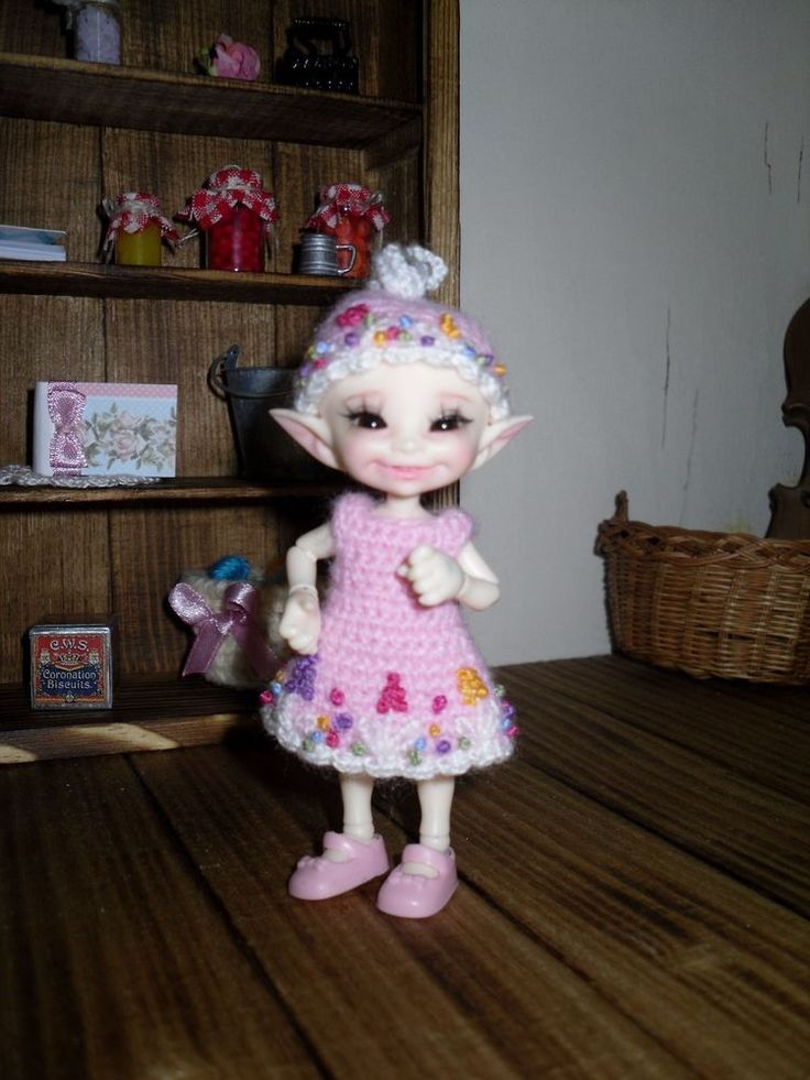 Crochet and embroidered dress and hat for Realpuki doll BJD #Unbranded
