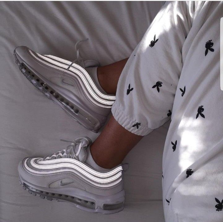 Nike Air Max 97 in white Photo: hannah.jp | Instag