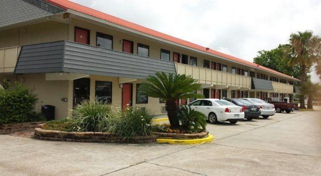 Executive Inn - Panama City Beach - 2 Star #Motels - $45 - #Hotels #UnitedStatesofAmerica #PanamaCityBeach http://www.justigo.biz/hotels/united-states-of-america/panama-city-beach/executive-inn-panama-city-beach_96593.html