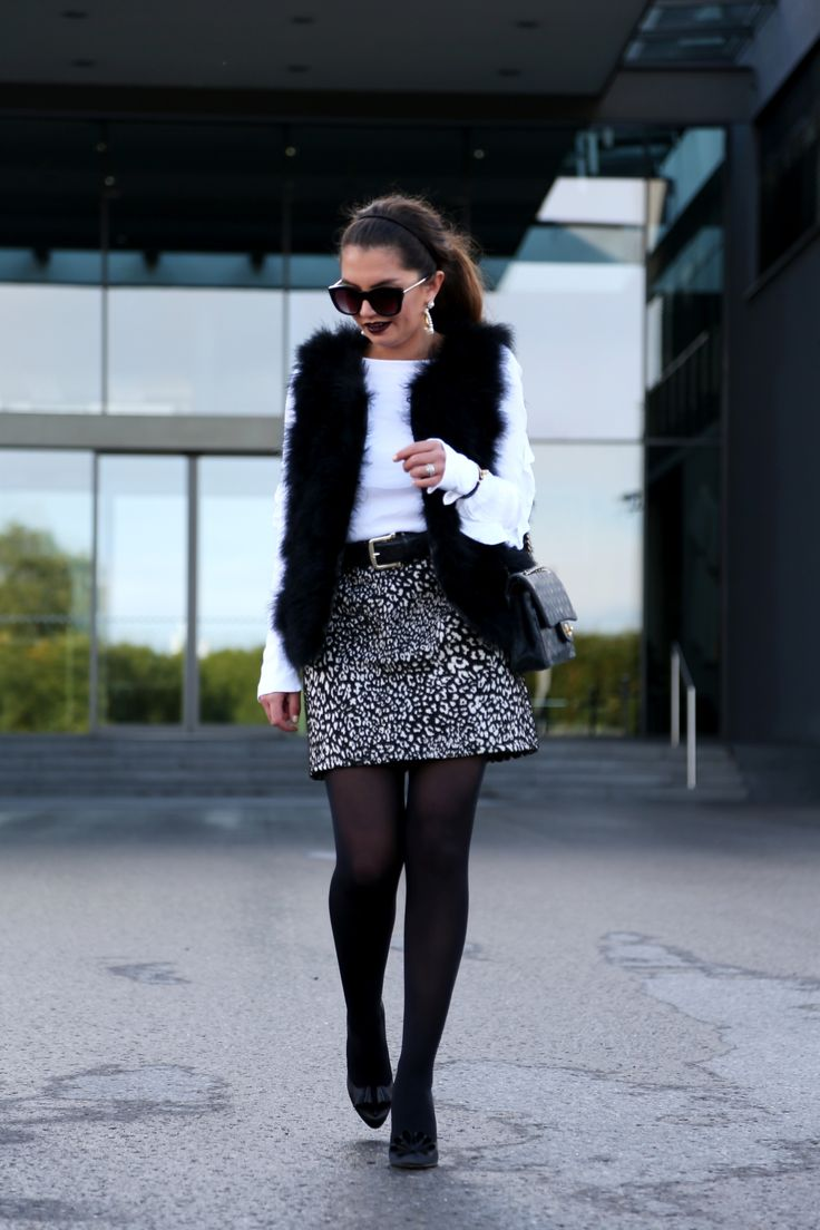 outfit: Black and white
