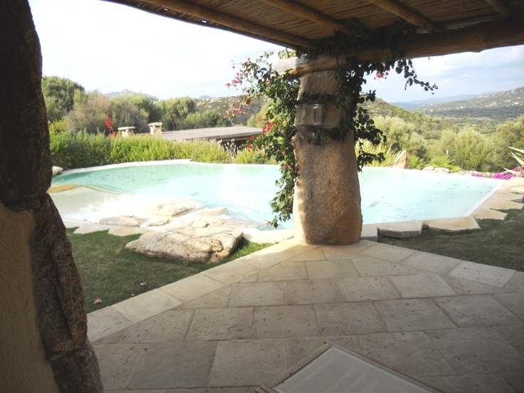 Villa with 2 swimming pool Holiday Rent Distance Sea 2.000 m Guests 14 Bedrooms 7 Bathrooms 9 Garden and barbeque. For more informations: +39 02 97272349 info@immobiliarenordovest.it