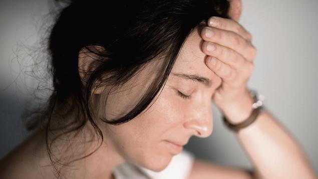 """Kopfschmerzen werden immer stärker zur Volkskrankheit. Vor allem bei jungen Erwachsenen, wo das Leiden aus Sicht der Barmer Ersatzkasse inzwischen """"alarmierende Ausmaße"""" angenommen hat."""