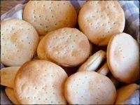Que vicio estas galletas marineras.... comés una y te comés otra ...Te quedás sin pan y son una buena opción, para el mate, para darle a l