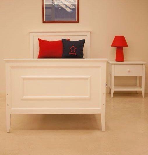 cama individual con piesera y bur de un caj n l nea