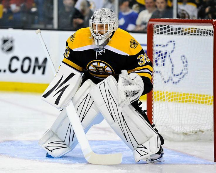 Boston Bruins Tim Thomas sporting Piku goalie gear #piku #goalie #pads #blocker #trapper #boston #bruins #tim #thomas