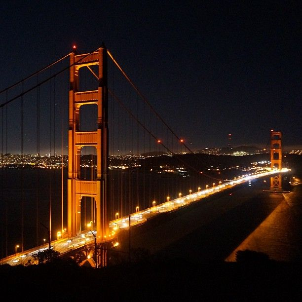 Golden gate bridge at night #view #goldengatebridge #sanfrancisco #night