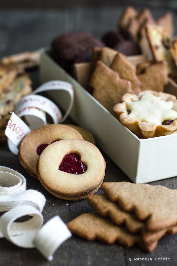Chi biscotta il primo giorno dell'anno biscotta tutto l'anno.  Ecco, l'ho detto.  Non ricordo l'esatto momento in cui mi sono messa in testa di produrre