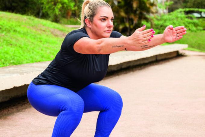 Novo agachamento deixa bumbum e pernas ainda mais definidos