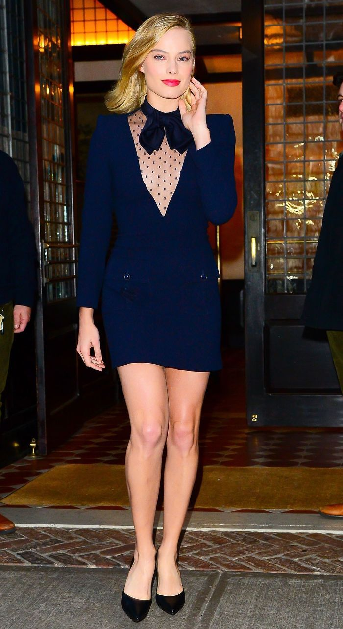 87ff4b00a78ef Hey, Margot Robbie, Can We Borrow That Outfit? in 2019 | Margot ...
