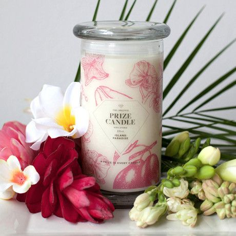 A Prize in Every Candle.  Enter to win this candle from Prize Candle and Today's Work at Home Mom.