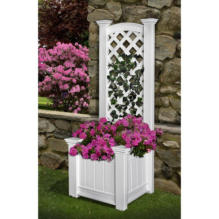 Have to have it. Square Vinyl Kensington Planter with Trellis... Ideas for the deck and retractable gate mount.