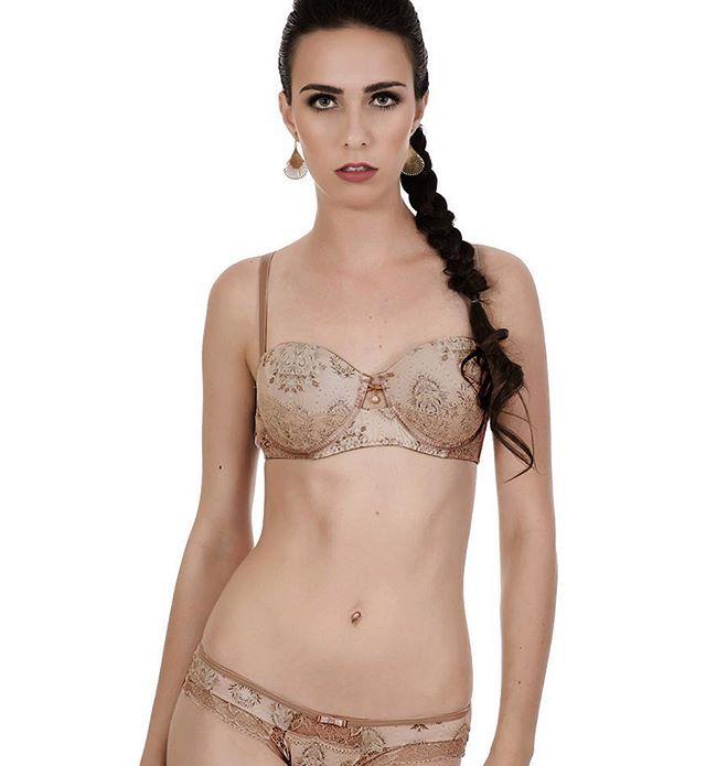 Tomara que caia com a alça removível, Ref: 0835 seria aquele conjunto básico, se não fossem os detalhes que fazem toda a diferença ;) #artstilo #euuso #euamo #lingerie #sofisticado