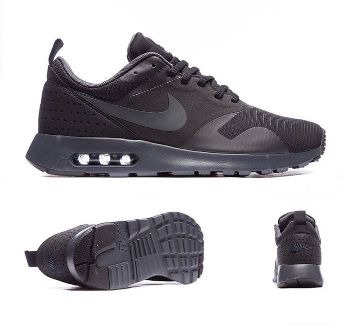 Nike Air Max Tavas Trainers in Anthracite Black. Genetically linked to past Air Max glories, the Tavas is nothing short of quality with a near one-piece ...